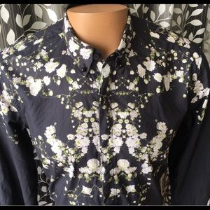 **SOLD** Givenchy Baby's Breath Button Down